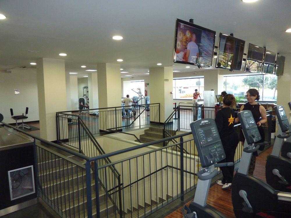 Acondicionamiento y apertura de un local comercial en Alcorcón (Madrid) - Gimnasio