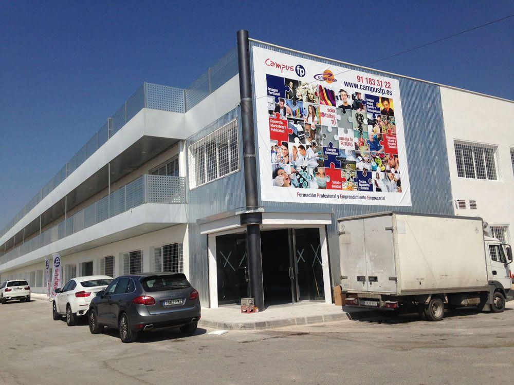 Acondicionamiento y licencias de apertura de locales en Madrid - Centro de Formación profesional EMPRENDE en Humanes
