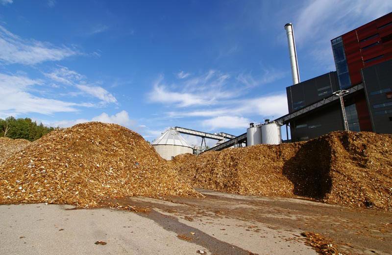 auditoría y certificación energética de naves, edificios y locales comerciales en Madrid - Instalación biomasa