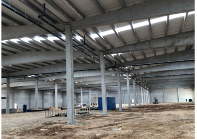 nave industrial en construcción en Toledo
